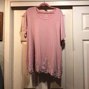 Torrid pink top size 3